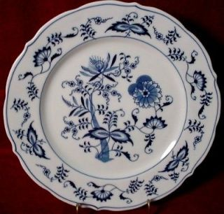 Excellent BLUE DANUBE China Dinnerware Set Service 44 Pieces