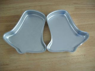 502 2057 WEDDING BELL CHRISTMAS BELL CAKE PANS  in USA
