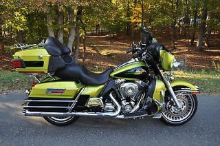Harley David​son  Touring 2011 ULTRA CLASSIC **MINT** CUSTOM COLOR