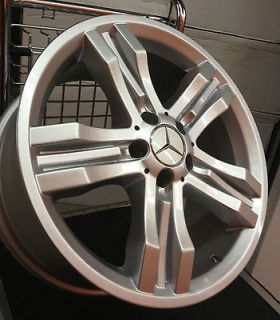 Set of 4 18 AMG Style Mercedes BENZ Alloy Wheels (Set of 4)   Style