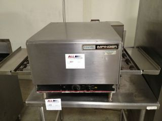 LINCOLN IMPINGER 1301 CONVEYOR PIZZA OVEN(ELECTRIC)