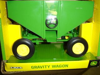john deere toy wagon in Modern Manufacture (1970 Now)