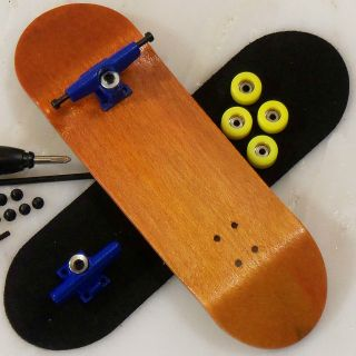 Wooden Fingerboard Complete  Peoples Republic   Orange Performance