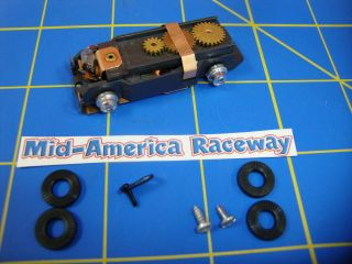 Kit Aurora HO T Jet LIGHTED Rolling Chassis Kit slot car AUR 92