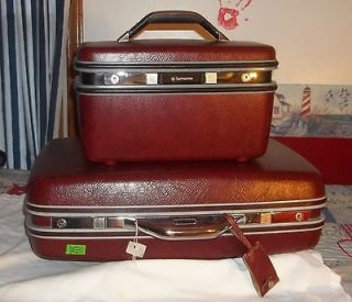 Vintage Samsonite luggage w/key set suitcase train overnight case