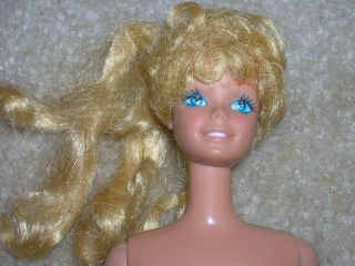 Vintage 1980 Happy Birthday Barbie Doll preowned