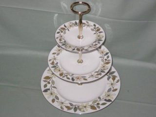 tier cake stand in Cake Stands & Plates