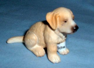 Schleich #16342 Golden Retriever Puppy Sitting, Toy Collectible Dog