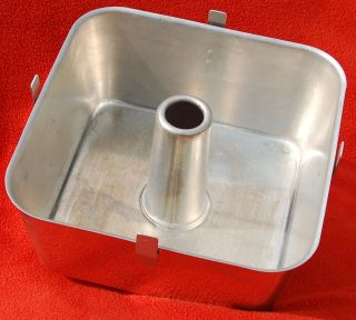 Vintage WEAR EVER #2740 ALUMINUM SQUARE ANGEL FOOD / BUNDT PAN   2