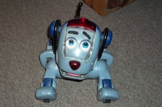 FISHER PRICE ROCKET THE WONDER DOG BATTERY OPERATED KIDS TOY MATTEL