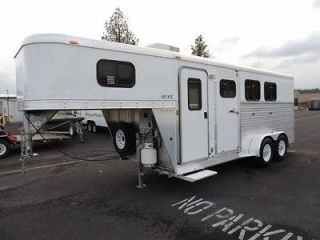 2007 Exiss Sport 3 Horse Trailer with Living Quarters