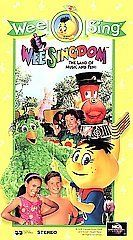 Wee Sing   Wee Singdom Vhs The Land of Music and Fun   (NEW/SEALED)