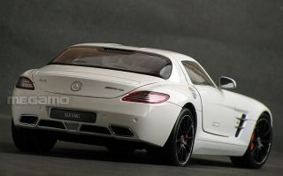 18 GT AUTOS GTA Welly Mercedes Benz SLS AMG Red