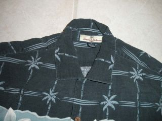 Tommy Bahama Mens Hawaiian Shirt Small 100 Silk Navy Blue Button Down