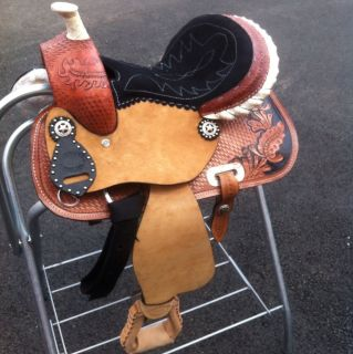 12 BARREL RACING SADDLE HAND TOOLED AND CARVED MATCHING CARVED