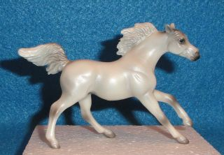 BREYER MODEL HORSE STABLEMATES PEARLY WHITE ANDALUSIAN ENDURANCE G 4