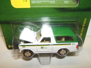 Johnny Lightning John Deere R4 1980 Ford Bronco Implement Truck