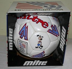 1994 WORLD CUP USA SOCCER BALL in BOX STRIKER DOG MITRE NEVER KICKED