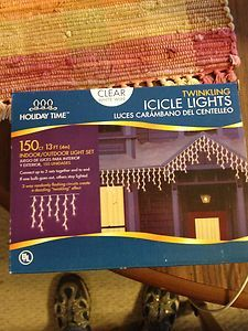 150 CT 13 FT. INDOOR/OUTDOOR LIGHT SET TWINKLING ICICLE LIGHTS