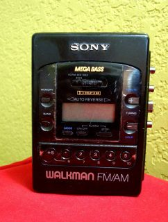 Vintage Sony Wm F2085 Walkman Digital Radio Cassette Player w Dolby B