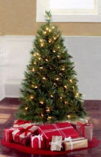 PRE LIT 3 FT CHRISTMAS TREE / THE WINSTON PINE / 70 CLEAR LITES