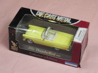 Road Signature Ford 1955 Thunderbird Diecast Car