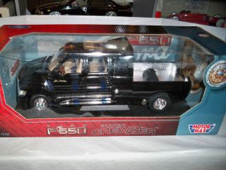 Motormax 1 24 Black Ford F650 Super Crewzer Used New in Box Very Cool