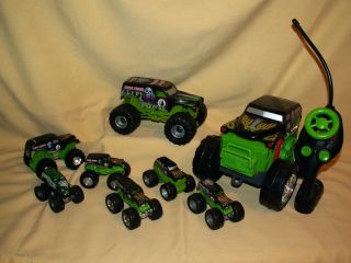 PIECE GRAVEDIGGER MONSTER TRUCK GRAVE DIGGER HOT WHEELS TYCO REMOTE