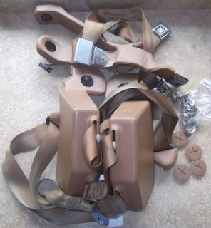 1982 83 84 85 86 87 88 89 90 91 GMC chevy suburban SEAT BELT brown tan