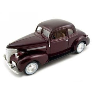 Chevrolet Coupe Diecast Car Model 1/24 Burgundy Motormax Toys & Games