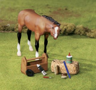 Breyer Toy Horse Accessory Traditional Model Horse Grooming Kit 2476