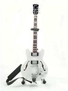 Miniature Guitar Chris Isaak Strap
