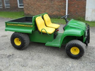 DEERE GATOR 2X4 W KAWASAKI ENGINE FARM UTILITY VEHICLE MANUAL LIFT BED