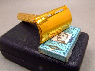 Vintage Gillette Gold Tech Safety Razor Case with Gillette Blue Blades