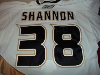 2006 2007 Game Used Worn Signed Auto Ryan Shannon Rookie Jersey