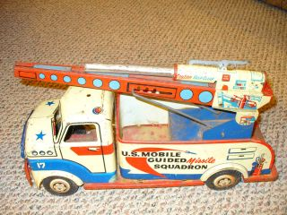 17 U s Mobile Guided Missile Squadron Old Vintage Tin Toy Truck
