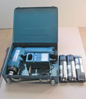 Makita Cordless Driver Drill Model 6093D Four Batteries Case Charger