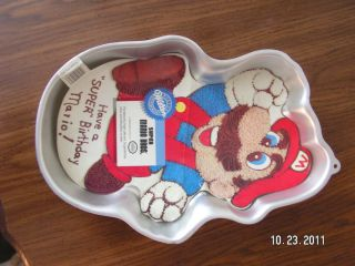 Wilton Super Mario Brothers Cake Pan Stock 2105 2989