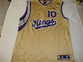 Sacramento Kings Mike Bibby 10 NBA Basketball Jersey Gold Size XL