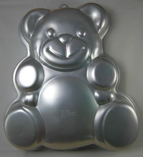 WILTON CAKE PAN BIRTHDAY CHRISTMAS ANIMAL CARTOON BEAR