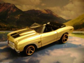 70 Chevelle SS 2010 Hot Wheels Faster Than Ever Series Gold