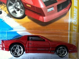 2012 Hot Wheels 1985 Chevy Camaro IROC Z
