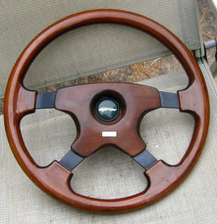 XJ6 XJ40 Momo Wood Steering Wheel Hub Complete 90 94 91 92 93