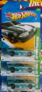 LOT 3 HOT WHEELS TREASURE HUNT 92 FORD MUSTANG REGULAR ON LONG CARD