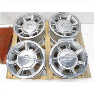 Set of Four 17 H2 Hummer GM Wheels Rims Chrome GM HD2500 8 Lug with