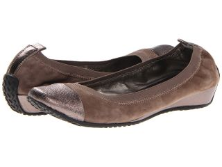 Kenneth Cole Reaction Blink Wink Womens Flat Shoes (Taupe)