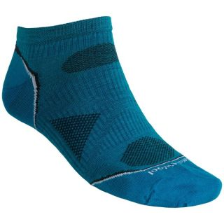 SmartWool PhD Outdoor Ultralight Micro Socks   Merino Wool  Below the Ankle (For Men and Women)   OATMEAL (M )
